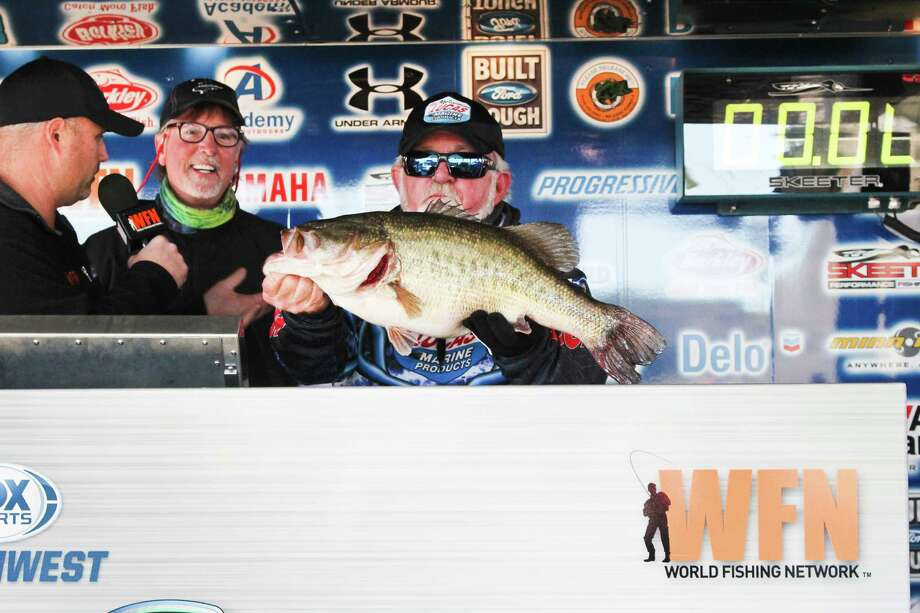 The team of Dicky Newberry and Ken Smith took home the Big Bass title for their 10.69-pounder. Photo by Alison Hart.
