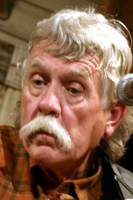 Singer and songwriter Steven Fromholz died from a hunting accident. / The Dallas Morning News