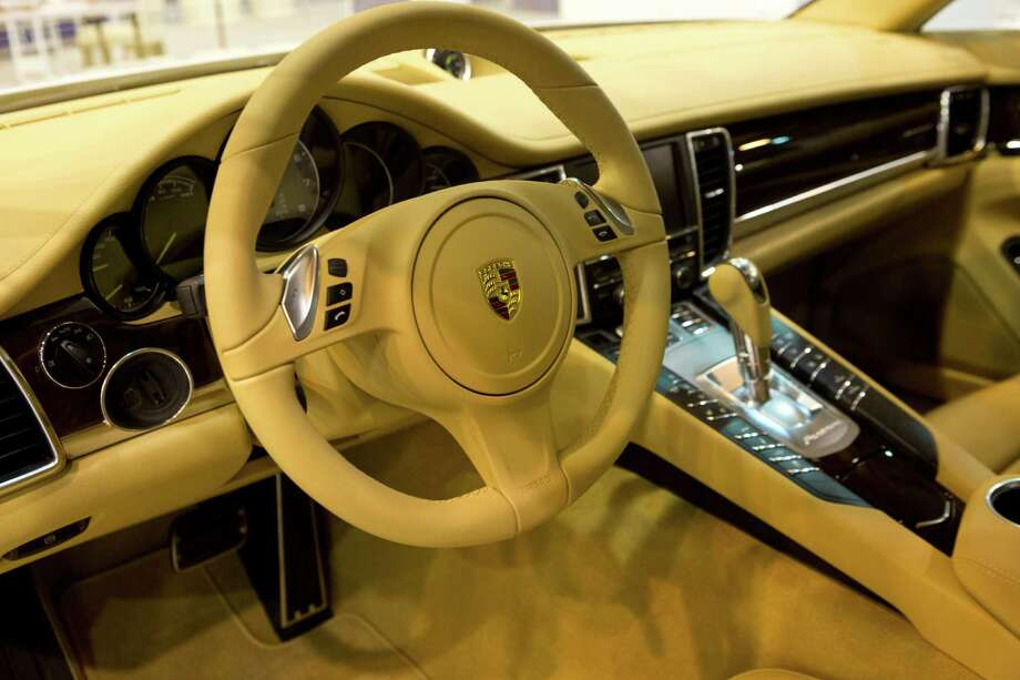 Inside view of the fuel efficient Porsche Panamera S E-Hybrid. The Porsche will be on display at the Houston Auto Show. Photo: Marie D. De Jesus, Houston Chronicle / © 2014 Houston Chronicle
