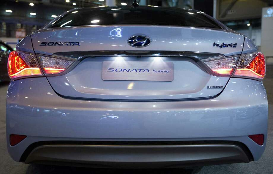 A Hyundai Sonata Hybrid, a non-plug-in model, will be among the cars featured at the Houston Auto Show this week. The show includes an Automotive Energy Summit that will include discussion on the future of auto-fuel technology. Photo: Marie D. De Jesus / Houston Chronicle / © 2014 Houston Chronicle