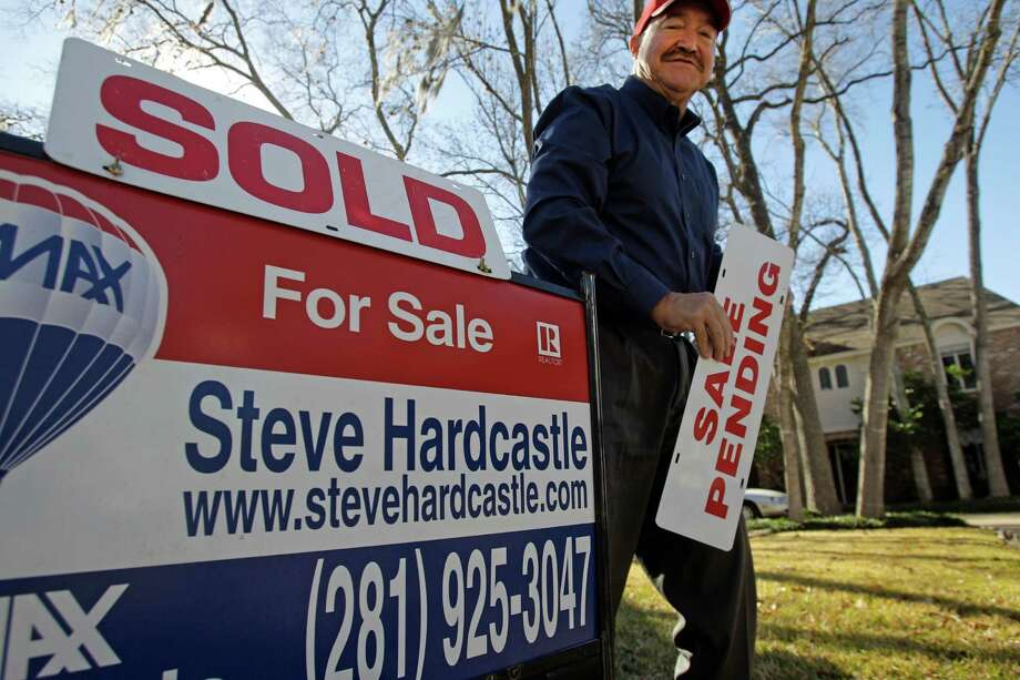 A new report from CityLab and the Martin Prosperity Institute shows how long it takes for a single person to purchase homes in America's largest metropolitan areas. Keep clicking to see which cities take the longest, shortest to purchase a home.Source: CityLab Photo: Melissa Phillip, Staff / © 2014  Houston Chronicle