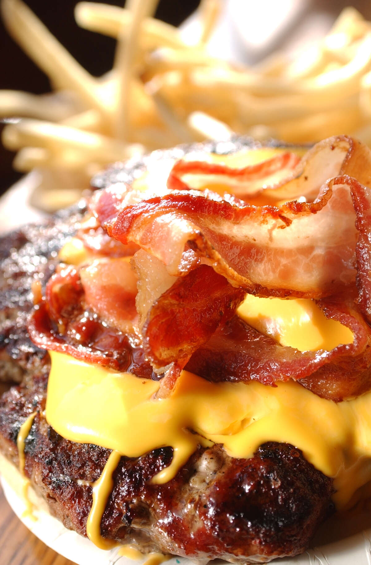 Best hamburger 1. Sutter's Mill, Albany2. Kelty's Iron Horse Pub, Albany3. Beff's, Albany3. Jack's Drive In, Wynantskill