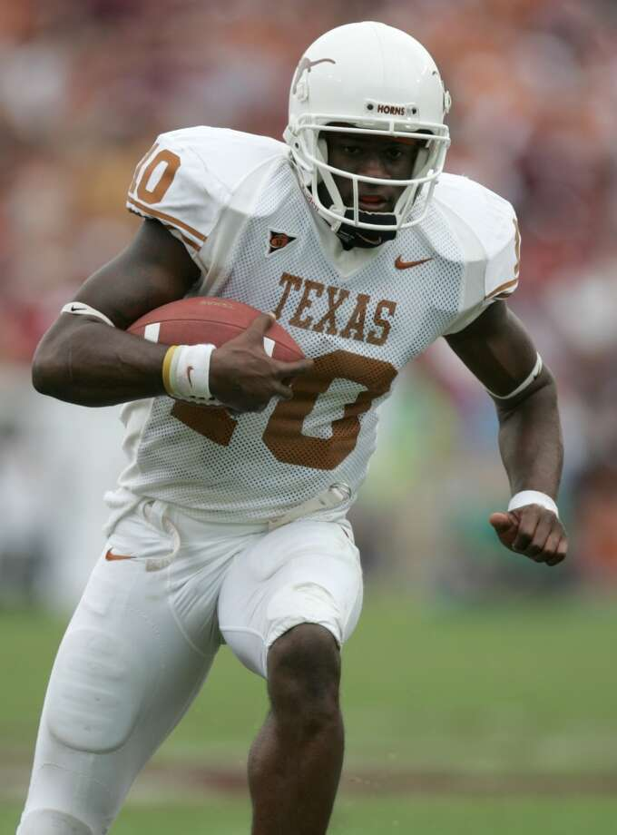 Vince Young during his college career at Texas. Photo: Brett Coomer, Houston Chronicle