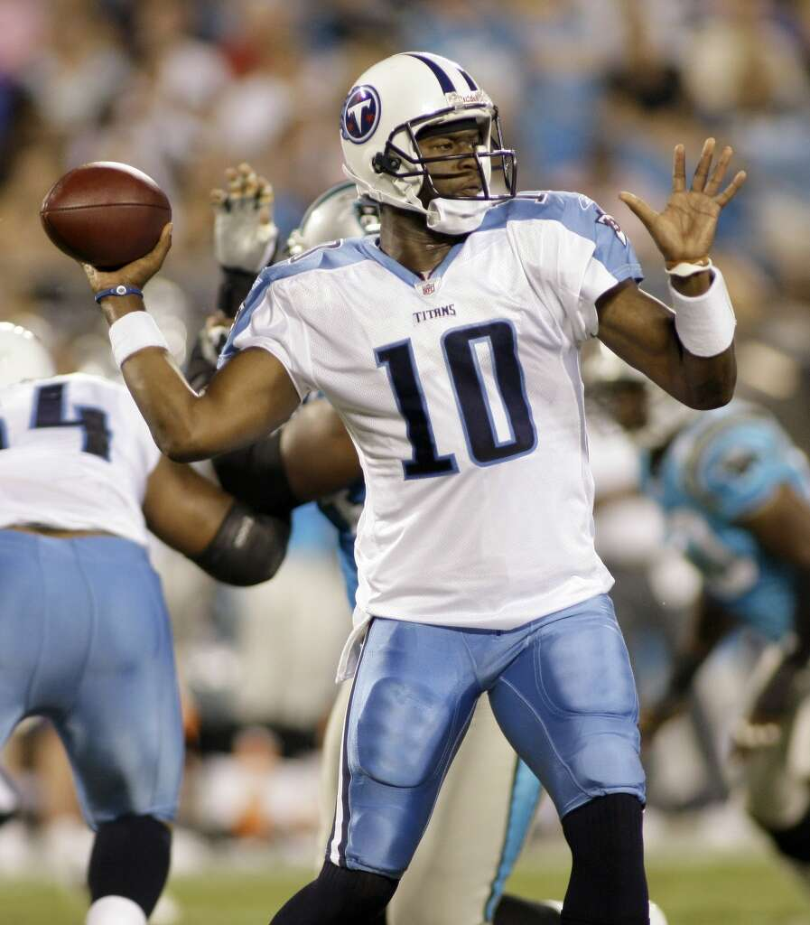 Vince Young as the Tennessee Titans quarterback. Photo: Rick Havner, Associated Press