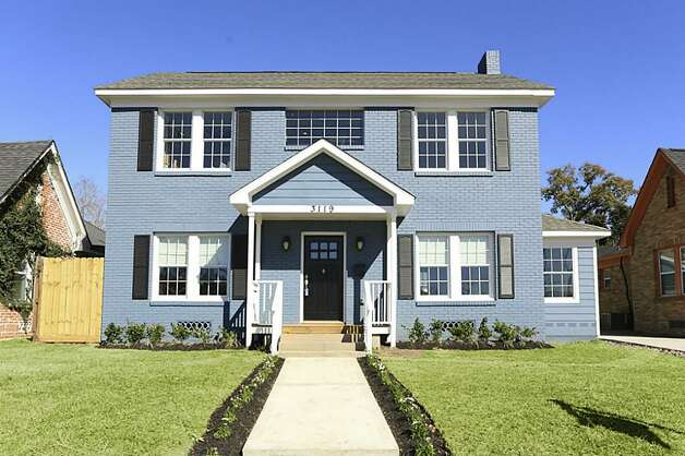 3119 Southmore: This 1950 home has 3 bedrooms, 2.5 bathrooms, 1,854 square feet, and is located in South Houston. Listed for $265,000.