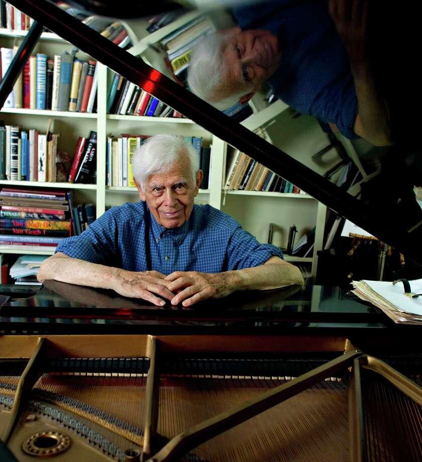 Frank Glazer at piano, credit - Phyllis Graber Jensen, Bates College