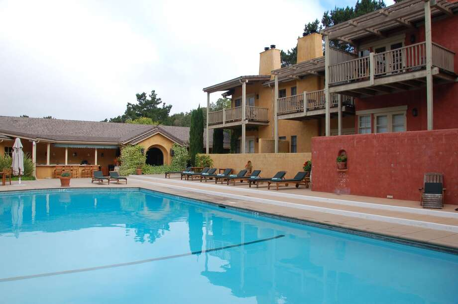 One Of The Ranch Style Wings Bernardus Lodge Overlooks A Large Heated Pool And