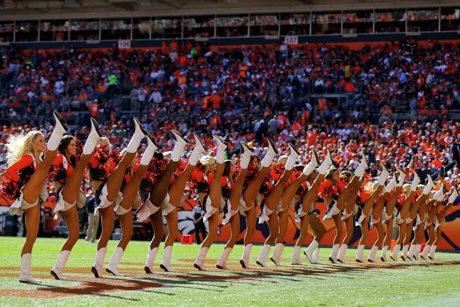The Denver Broncos Cheerleaders perform Sept. 29, 2013. Photo: Justin Edmonds, Getty Images / 2013 Getty Images