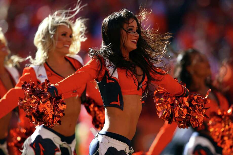 Denver Broncos cheerleaders perform Jan. 19, 2014. Photo: Doug Pensinger, Getty Images / 2014 Getty Images