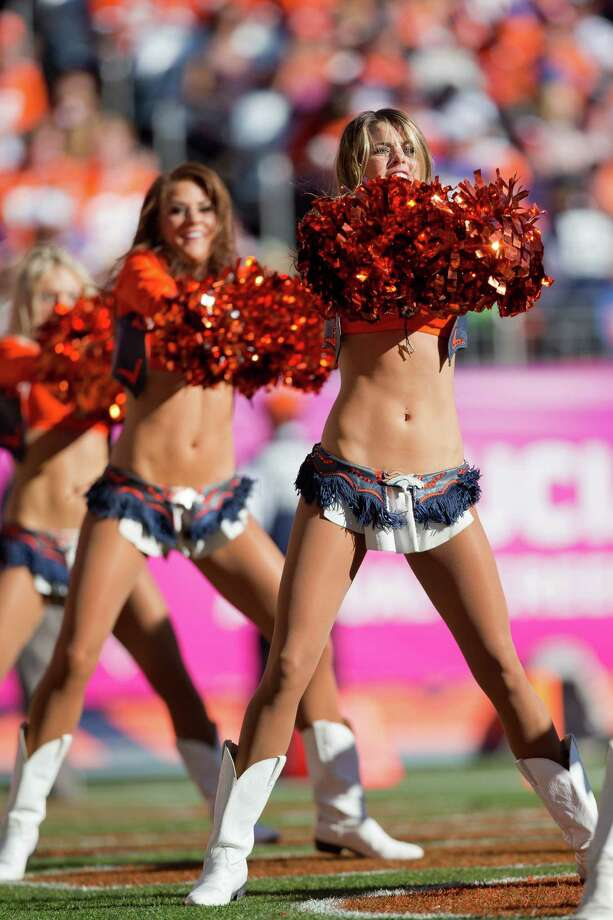 A member of the Denver Broncos Cheerleaders performs Oct. 27, 2013. Photo: Justin Edmonds, Getty Images / 2013 Getty Images