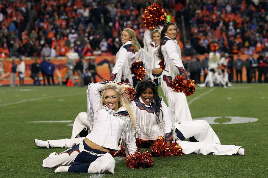 The Denver Broncos Cheerleaders perform Nov. 17, 2013. Photo: Doug Pensinger, Getty Images / 2013 Getty Images