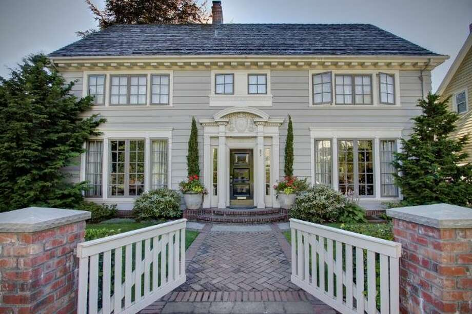 Front of 939 Federal Ave. E. It's listed for $2.49 million. Photo: Ann Dover And Cliff Tanner,  Windermere Real Estate