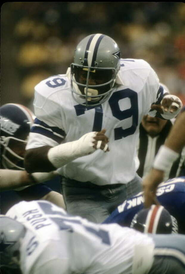 Defensive End Harvey Martin #79 of the Dallas Cowboys in action against the New York Giants September 10, 1978 during an NFL football game at Giant Stadium in East Rutherford, New Jersey. Martin played for the Cowboys from 1973-83. Photo: Focus On Sport, Getty Images / 1978 Focus on Sport