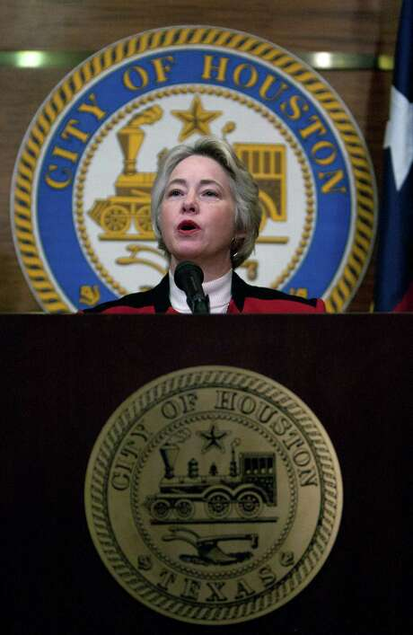 Mayor Annise Parker says fire pension obligations must be reduced. Photo: Cody Duty, Staff / © 2014 Houston Chronicle