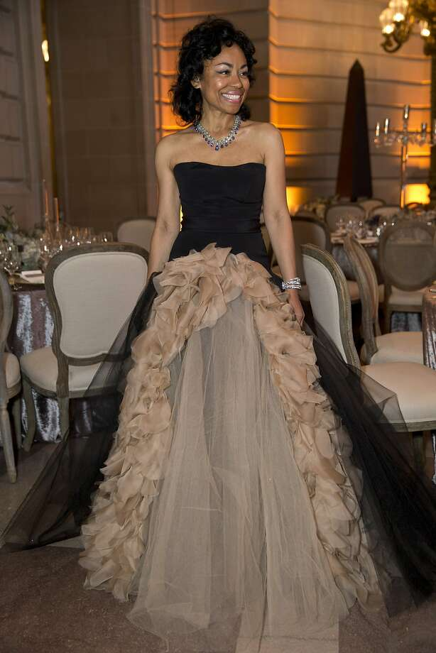Ballet Gala Chairwoman Tanya Powell looks sleek in a Vera Wang gown and stunning bejeweled necklace. Photo: Laura Morton, Special To The Chronicle