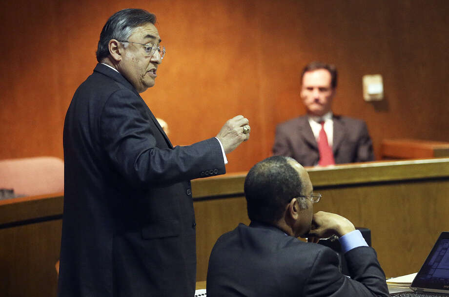 Scientology attorney Ricardo Cedillo argues a point in suit filed last year by Monique Rathbun in the courtroom of District Judge Dib Waldrip. Photo: Tom Reel / San Antonio Express-News