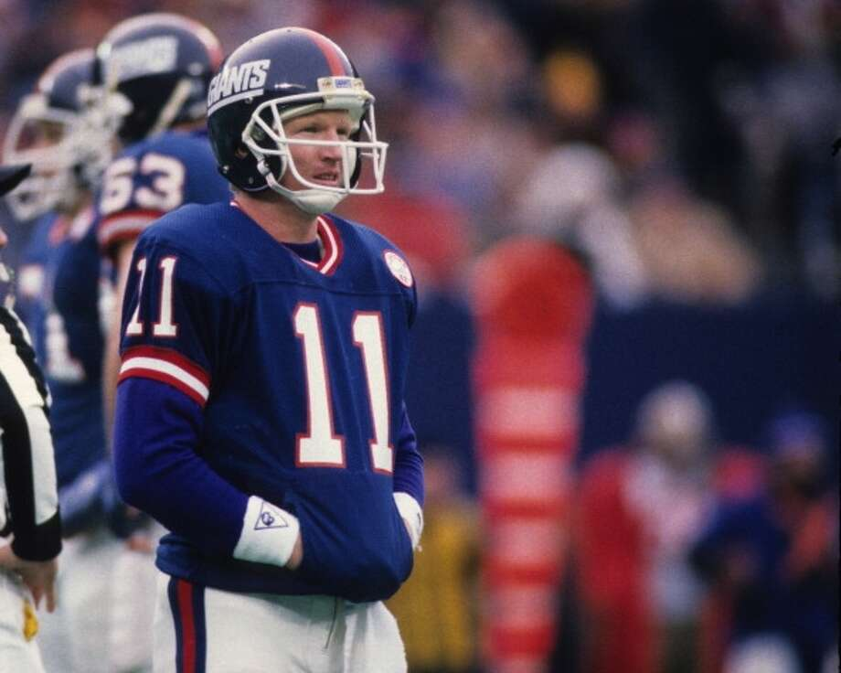 1986 — Phil Simms, QB, New York Giants  Score: NFC 28, AFC 24 Photo: George Gojkovich, Getty Images