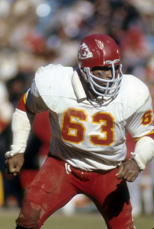 1972 — Willie Lanier, LB, Kansas City Chiefs (lineman)  Score:AFC 26, NFC 13 Photo: Focus On Sport, Getty Images