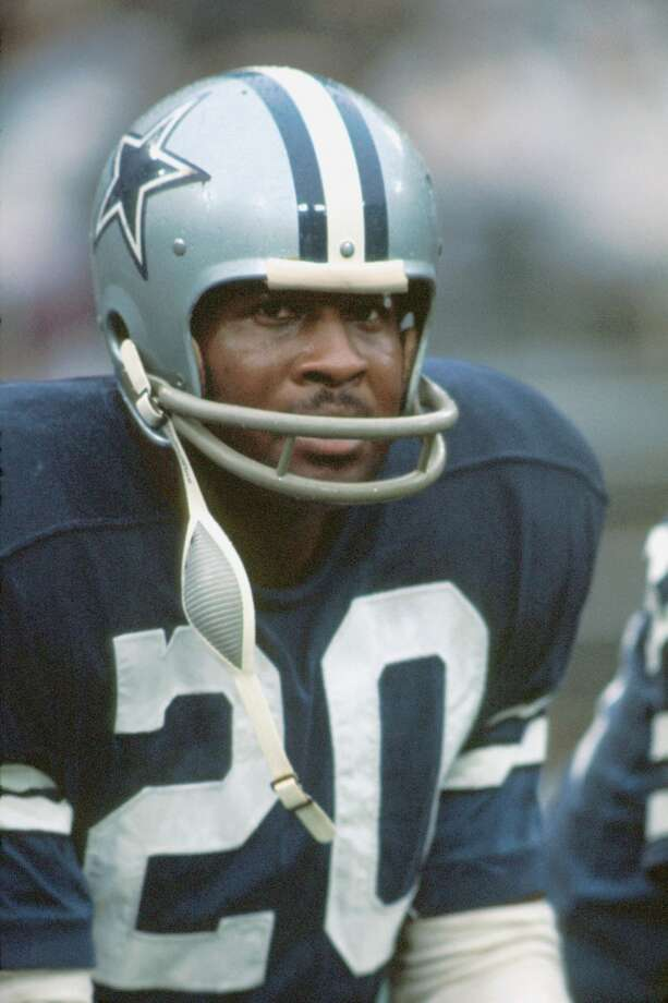 1971 — Mel Renfro, WR, Dallas Cowboys (back)  Score:NFC 27, AFC 6 Photo: Diamond Images, Diamond Images/Getty Images