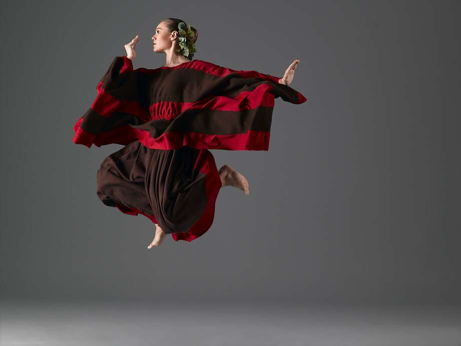 "Heidi Stoeckley Nogoy of Martha Graham Company performs ""Cave of the Heart."" Photo: John Deane"
