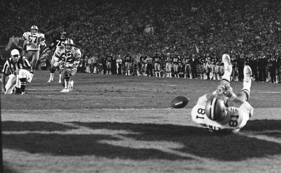 5. Super Bowl XIII Pittsburgh 35, Dallas 31: Jackie Smith's dropped wide-open touchdown pass is remembered as the game's signature play, but these two iconic teams traded touchdowns back and forth in a memorable 28-point fourth quarter. Photo: PHIL SANDLIN, AP / 1979 AP