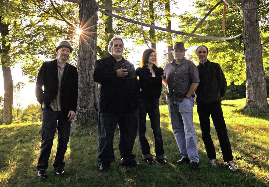 10,000 Maniacs will perform at The Ridgefield Playhouse on Sunday, Feb. 2. Photo: Contributed Photo / The News-Times Contributed