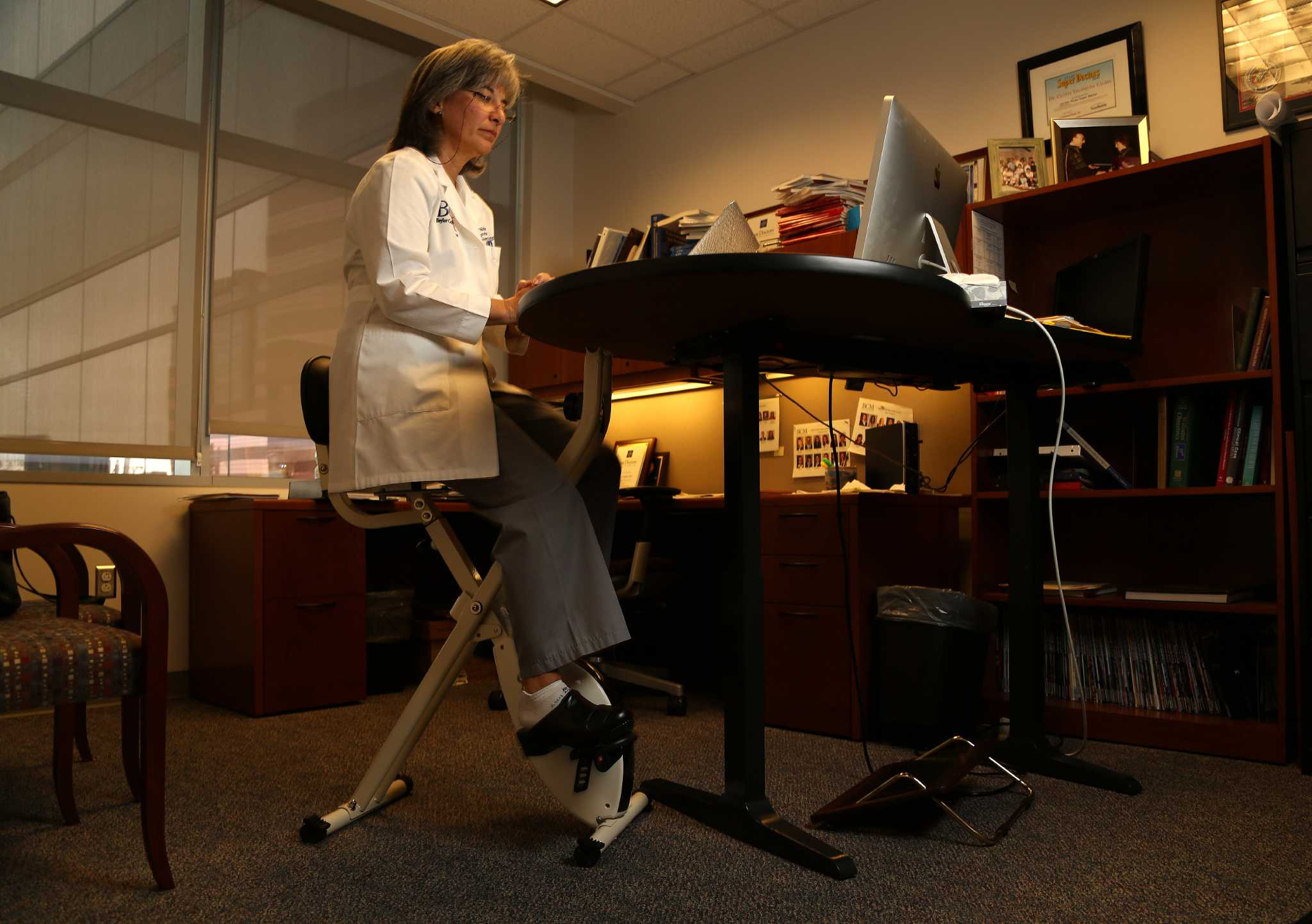 Desks that allow standing and moving improve health Houston Chronicle