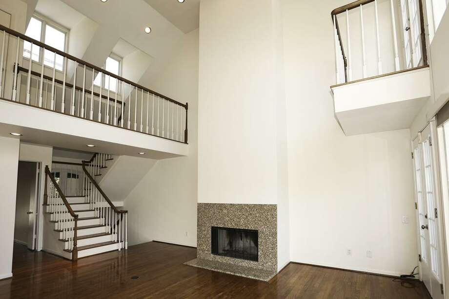 4916 Yoakum: This 1985 townhome has 4 bedrooms, 3.5 bathrooms, and 1,951 square feet. Listed for $529,500. Open house: 1/26/2013, 2 p.m. to 4 p.m. Photo: Houston Association Of Realtors