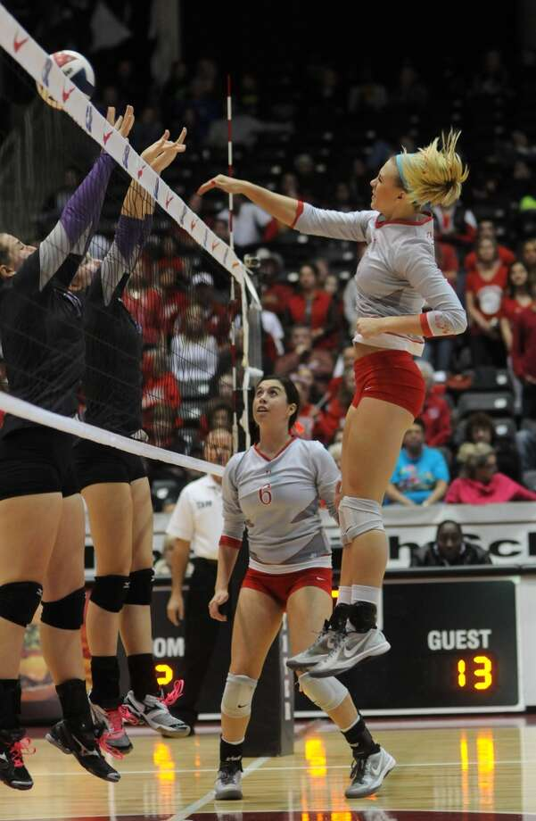 Need action from the state volleyball tournament. Bellville plays at 3 p.m. The Woodlands and Clear Falls play each other at 7 p.m. Photo: For The Chronicle