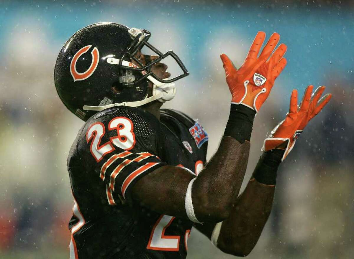 15. Super Bowl XLI Indianapolis 29, Chicago 17: Peyton Manning vs. Rex Grossman figured to be an unfair fight and that's what it became, but Devin Hester's 92-yard touchdown on the opening kickoff got the Colts' attention early.