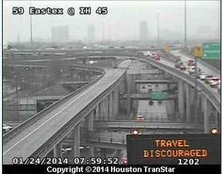 Houston TranStar warns travelers of icy conditions early Friday morning. Photo: Transtar
