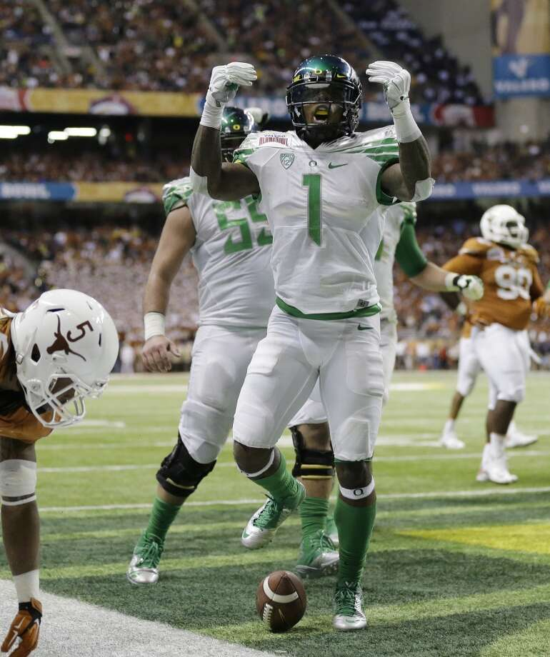"""North teamJosh Huff, WR, Oregon 5' 11"""" 205 pounds 22 years old The Houston native was the primary and leading receiver on the 11-2 Ducks in his final season at Oregon. Photo: Eric Gay, Associated Press"""