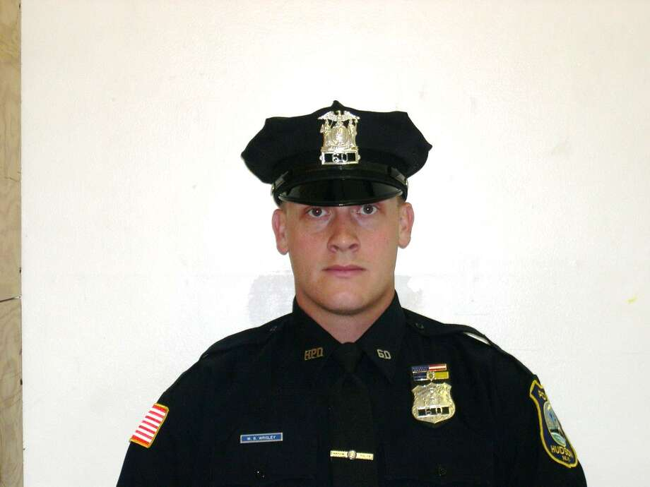 Hudson police officer dies in car wreck - Times Union
