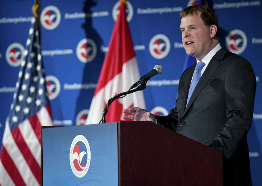 Canadian Minister of Foreign Affairs John Baird urges the United States to decide the fate of the Keystone pipeline. After five years of President Barack Obama's waffling, the Canadians need to move on. Photo: Saul Loeb / Getty Images / AFP