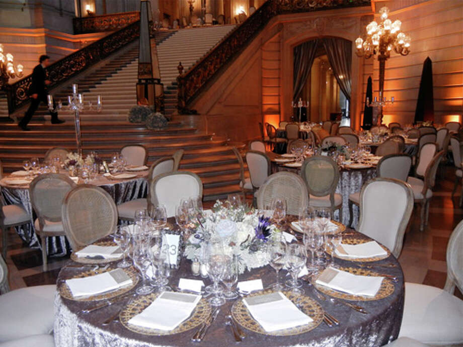 Riccardo Benavides' decor in the Rotunda for the Patrons' Dinner Photo: Catherine Bigelow