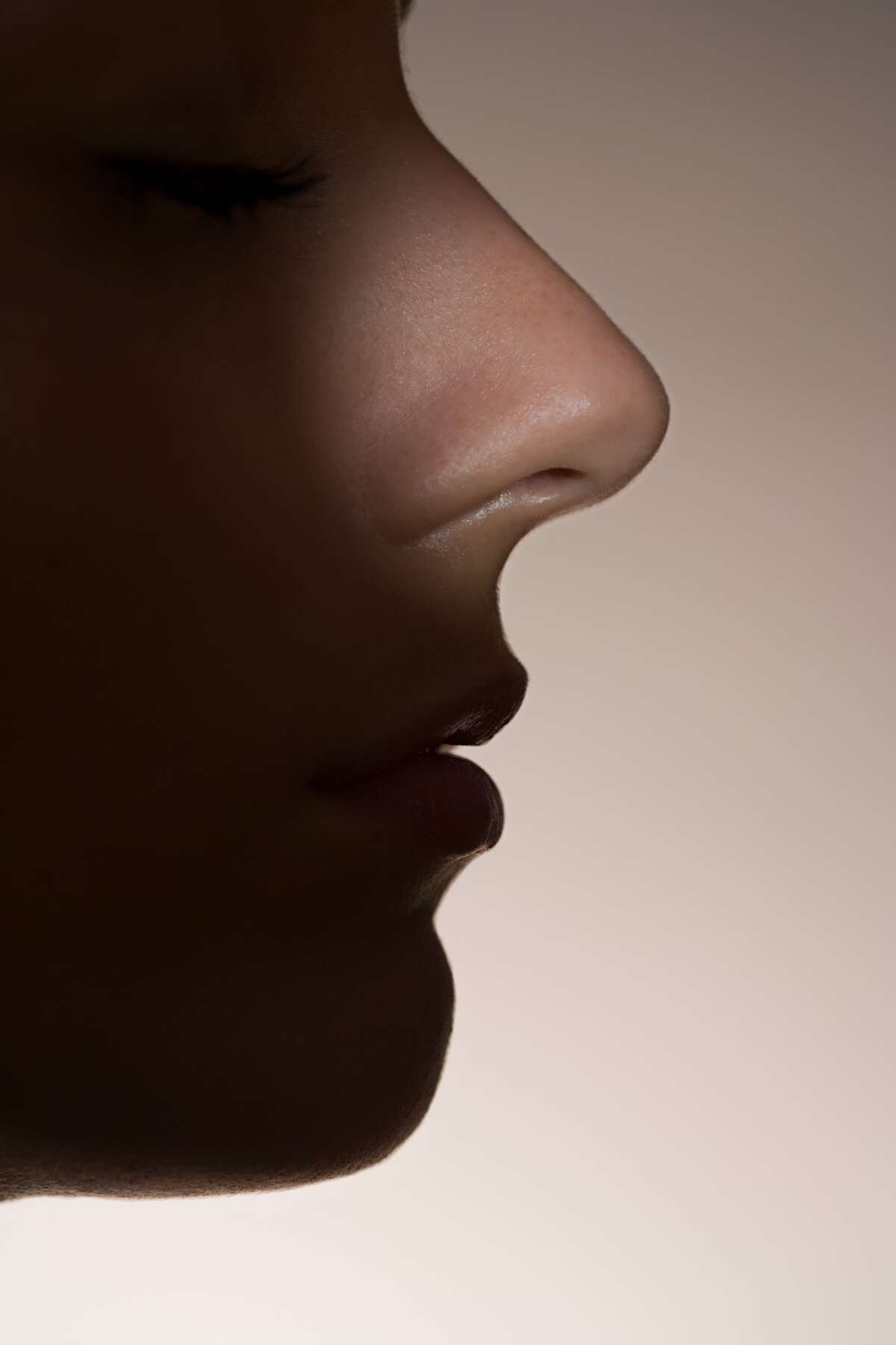 The nose knows illness A recent study published by the Association for Psychological Science found that people are able to smell sickness in someone whose immune system is highly active. What's more, it was detected in subjects who were exposed to a toxin just a few hours prior.