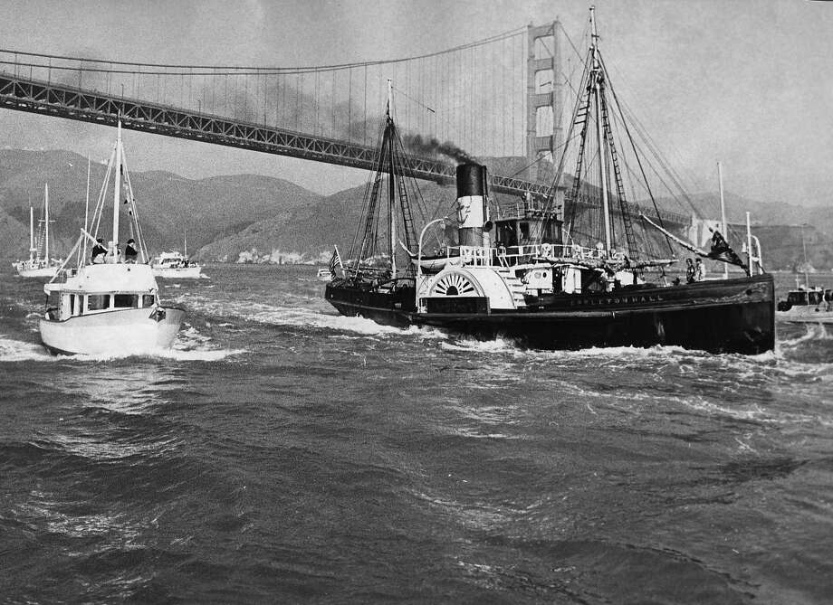 The Eppleton Hall arrives in San Francisco on March 24, 1970, from England, captained by newsman Scott Newhall. Photo: Bill Young
