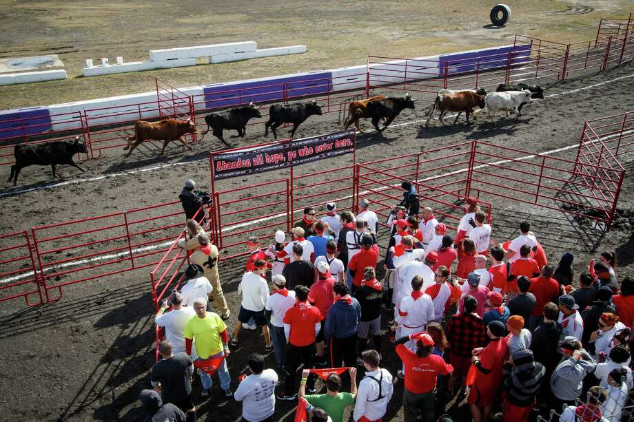 Adventure seekers take part in the Great Bull Run at Royal Purple Raceway, Saturday, Jan. 25, 2014, in Baytown. Photo: Michael Paulsen, Houston Chronicle / © 2014 Houston Chronicle