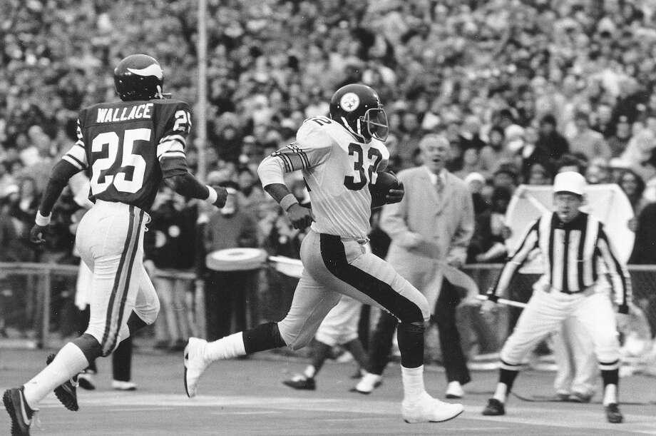 Super Bowl IX. Jan. 12, 1975. New Orleans, La. (outdoors) Temperature: 46 degrees. Pittsburgh Steelers, 16, Minnesota Vikings 6.  Photo: AP / 1975 AP