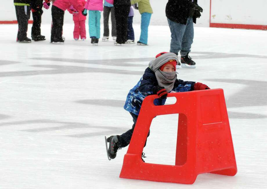Learn to Skate USA Lessons | Kids Out and About Albany