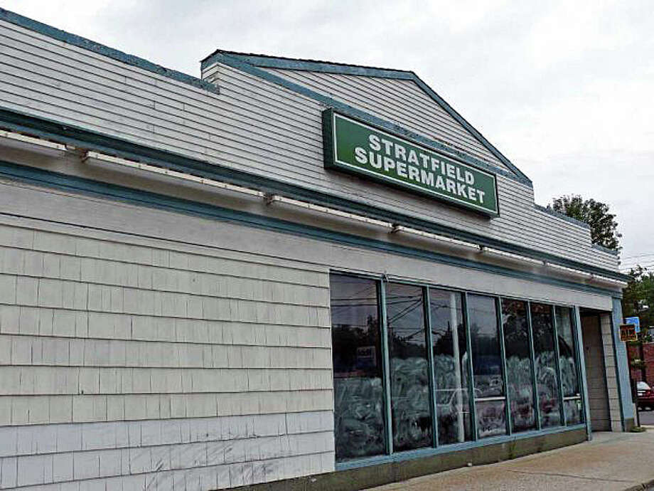 An application to open a child-care center in this building at 1280 Stratfield Road -- vacant since Stratfield IGA Market closed in 2006 -- will be the topic of a hearing Tuesday before the Town Plan and Zoning Commission. Photo: File Photo / Fairfield Citizen