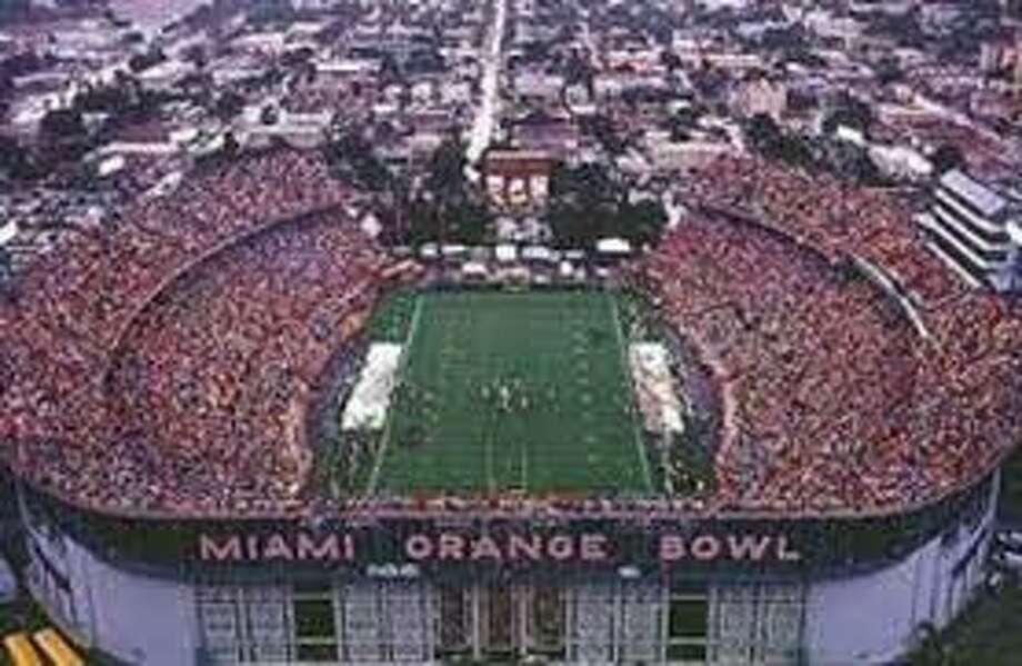 Super Bowl V. January 17, 1971. Orange Bowl. Miami, Florida. Temperature: 70 degrees. Baltimore Colts 16, Dallas Cowboys 13