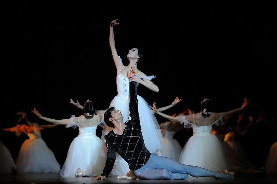 "Yuan Yuan Tan and Davit Karapetyan in Helgi Tomasson's ""Giselle."" Photo: Erik Tomasson, San Francisco Ballet"