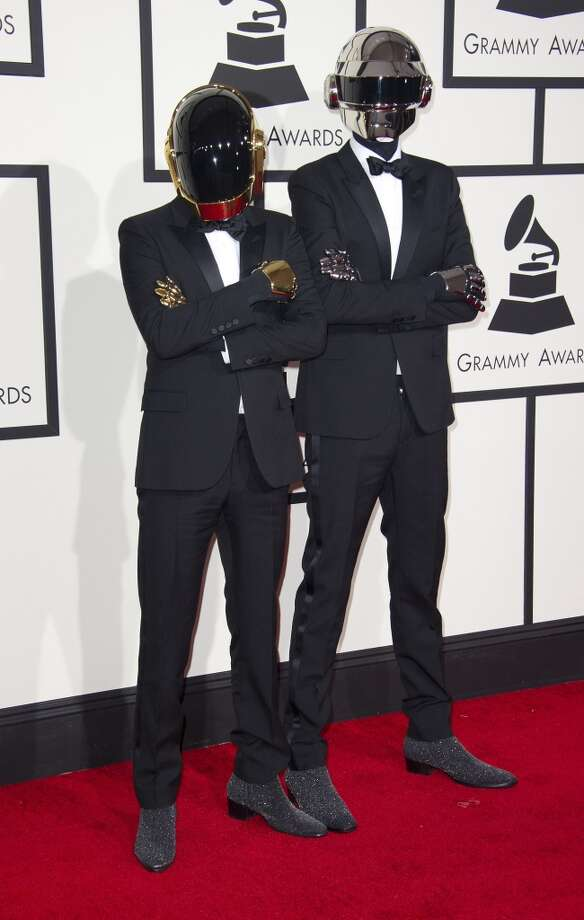 Hit: Gotta appreciate Daft Punk's commitment to anonymity. (ROBYN BECK/AFP/Getty Images) Photo: ROBYN BECK, AFP/Getty Images
