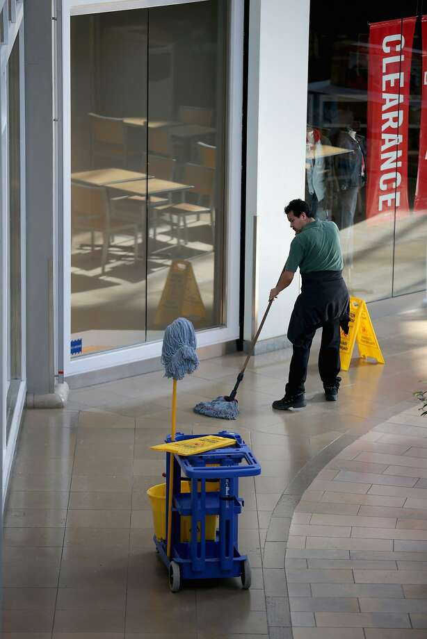 The Mall in Columbia reopened two days after three people were fatally shot at the center in suburban Baltimore. Photo: Chip Somodevilla, Getty Images
