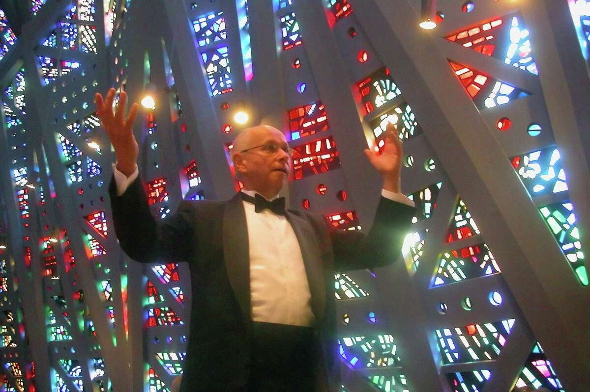 The Pro Arte Singers and artistic director Arthur Sjogren celebrate the 41st anniversary season with an annual benefit Saturday, Feb. 1, at Branson Hall at Christ and Holy Trinity, 75 Church Lane, Westport.