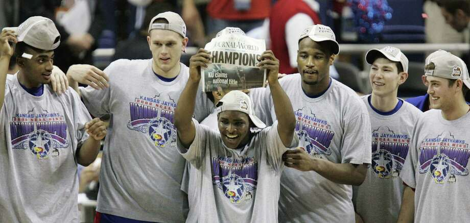 Kansas celebrates its victory over Memphis in the title game in 2008, the last time the Final Four was held in San Antonio. Photo: Matt York / Associated Press / AP