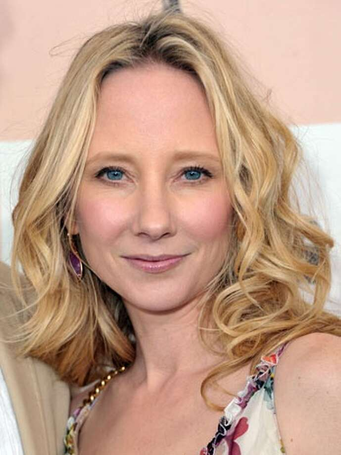Anne Heche -- very good and under-used screen actress.