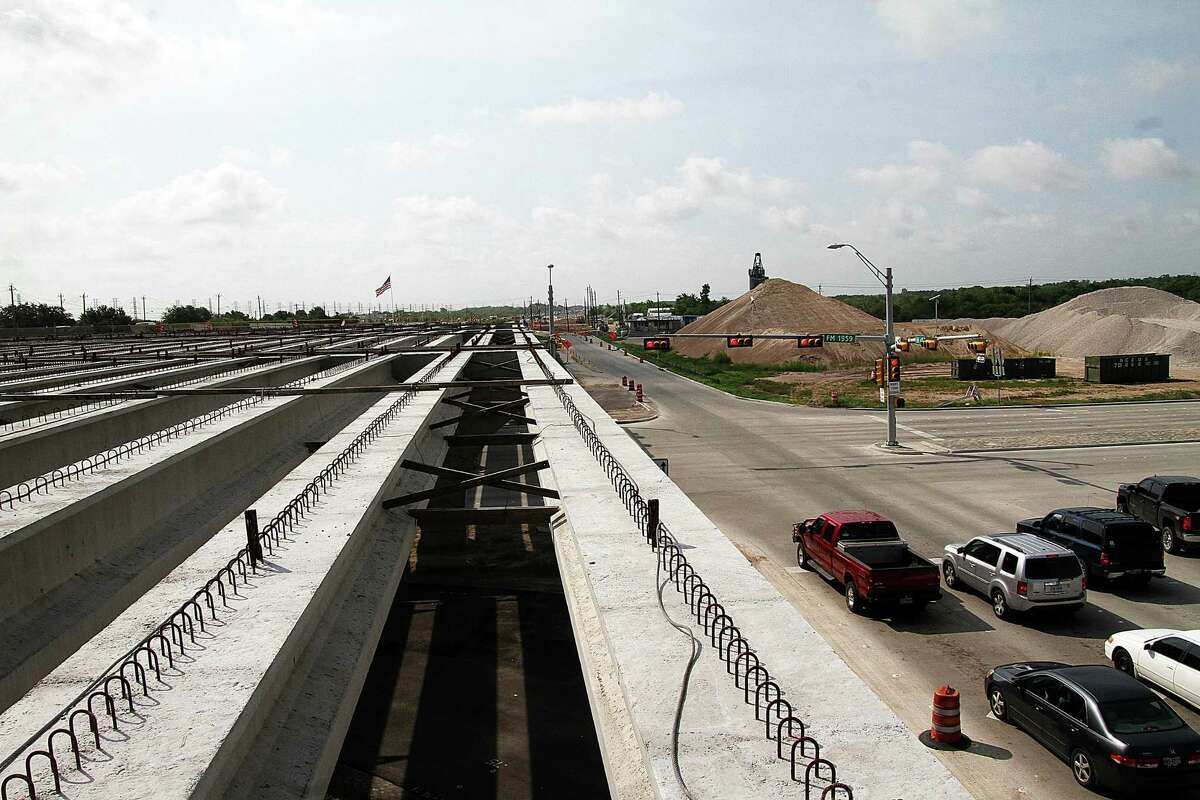 Road work started in 2012 on the Gulf Freeway and is expected to be completed in 2016.