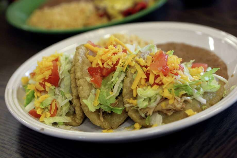 """I'm so sick of tacos!!"" Utter this or any of the phrases in the following gallery and risk being called out as a faux San Antonian. Photo: SAN ANTONIO EXPRESS-NEWS / SAN ANTONIO EXPRESS-NEWS"